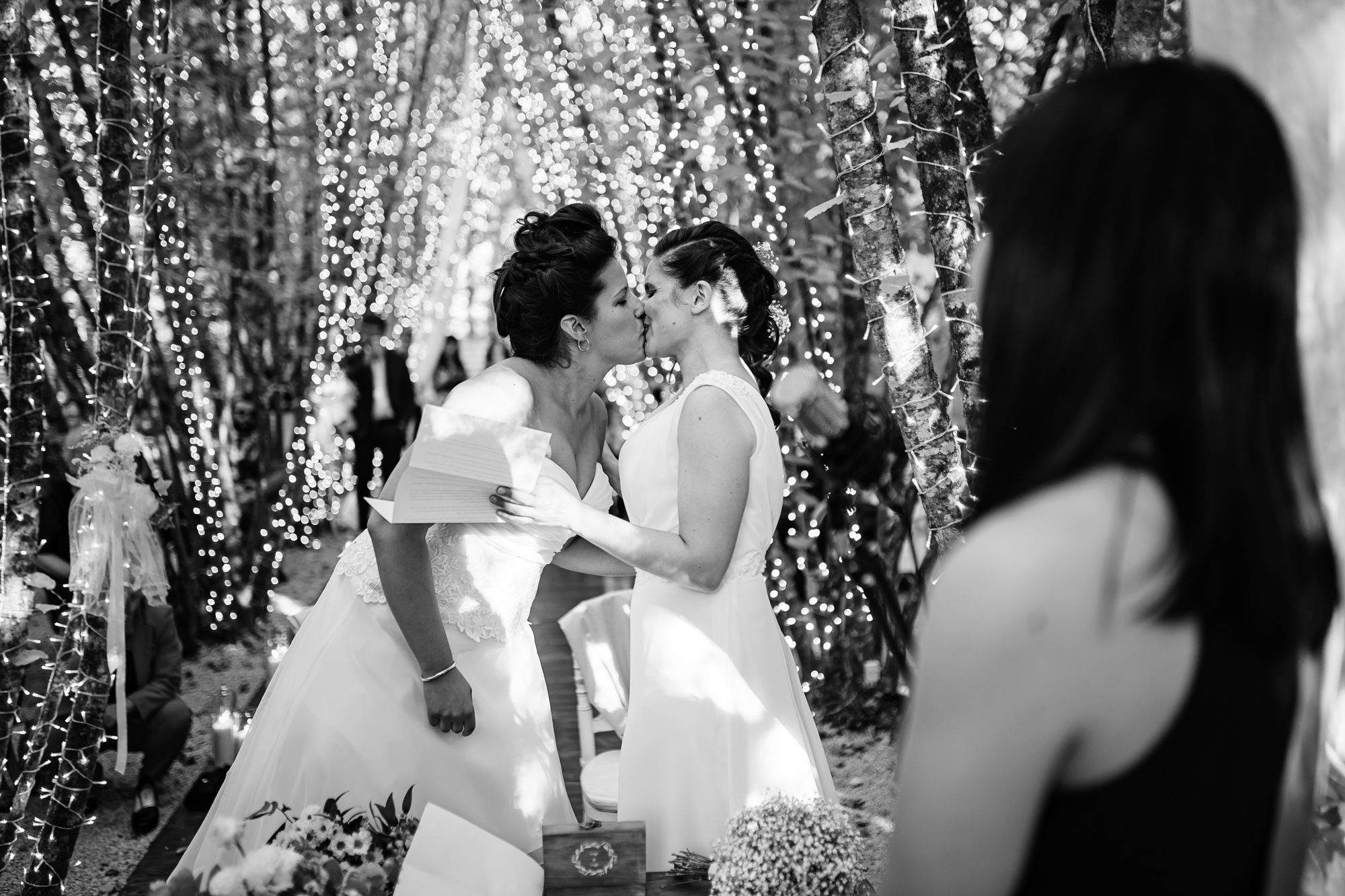 bacio spose
