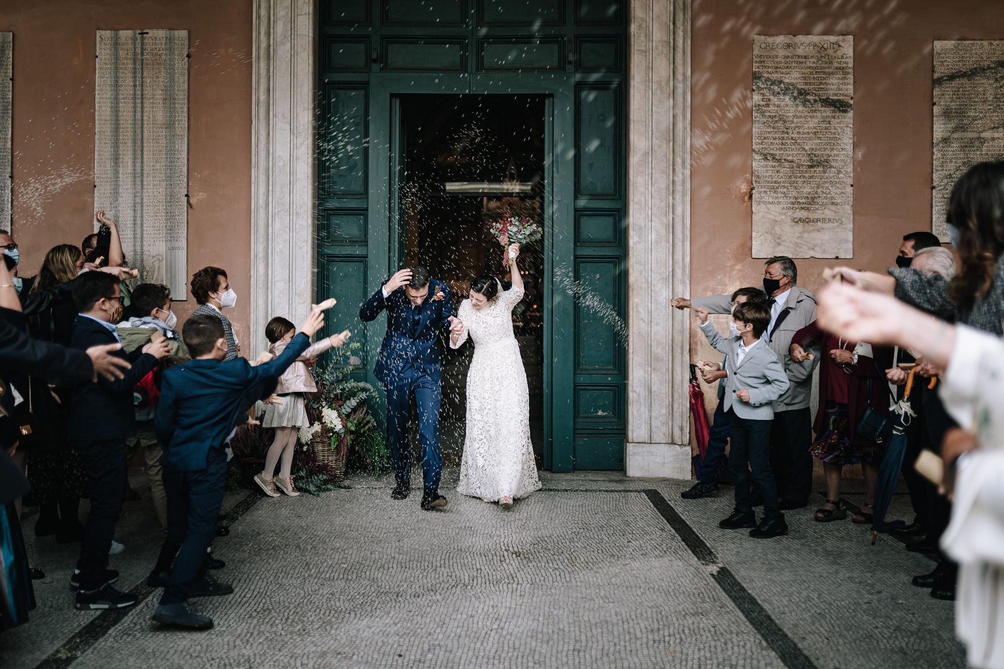 lancio del riso matrimonio